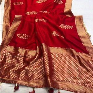 Red Munga silk Saree with stitched blouse